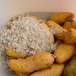 Lotte au four Frotter les pommes de terre