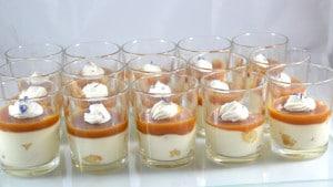 Recette de Panna cotta de pommes confites au caramel salé