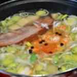 Soupe au lard Ajouter les légumes