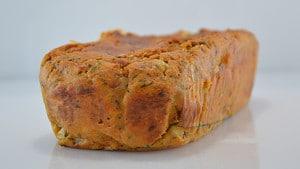Recette de Cake à la Morteau et tomates séchées