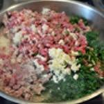 Verrines d'aubergine à l'agneau Hacher la viande