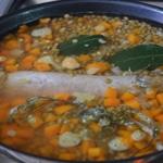 Lentilles à la saucisses fraiches Cuire la saucisse et les lentilles