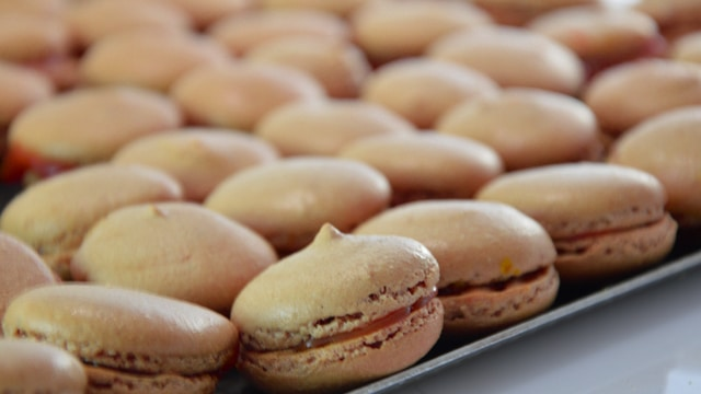 Macarons au caramel Terminer