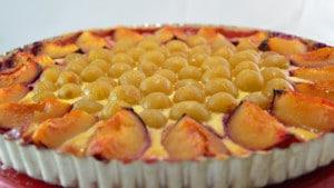 Recette de tarte aux prunes et raisin