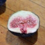 Huitres chaudes aux figues Trancher les figues