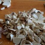 Velouté de cèpes Couper finement les restes