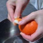Clémentines givrées Frotter avec le sucre en morceau