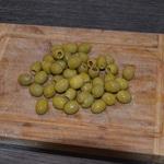 Pain aux olives vertes Egoutter les olives