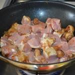 Curry de prc aux champignons Saisir la viande