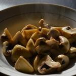 Calamars au curry Saisir les champignons