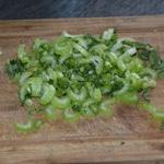 Soupe tai de poulet Émincer les légumes