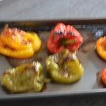 Poivrons à l'huile d'olive Cuire les poivrons