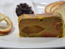 Foie gras aux poires caramélisées