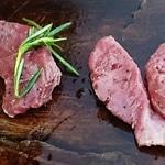 Fondue de chevreuil Couper le viande