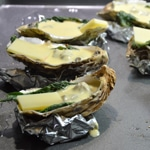 Huîtres chaudes aux épinards Poser le comté