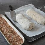 Pain multigrains Tremper les baguettes dans la graine