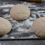 Pain complet Séparer en trois pains