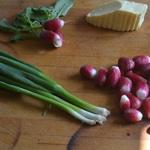 Beurre de radis Parer les oignons Egyptiens