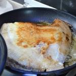 Turbot au beurre Saisir le turbot dans du beurre très chaud