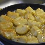 Tarte Tatin aux pommes Retourner les pommes dans le beurre