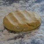 Tarte Tatin aux pommes Etaler la pâte