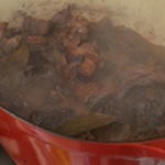 Coq au vin rouge Surveiller la cuisson