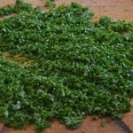 Tapenade aux olives de Nyon et mures Hacher le persil