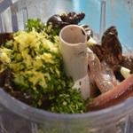 Tapenade aux olives de Nyon et mures Hacher tous les ingrédients