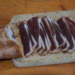 Terrine de magret de canard séché aux épices Trancher le magret