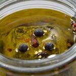 Chèvre sec à l'huile d'olive Remplir avec l'huile