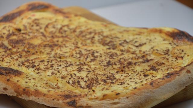 Pizza sucrée aux pommes