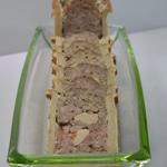 Pâté en croute au foie gras Trancher le pâté au dernier moment