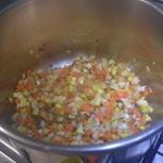 Soupe de légumes et saucisse Légumes en cube