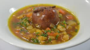 Recette de Soupe de légumes et saucisse