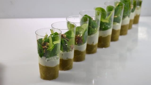 Verrines d'asperges et de Roquefort