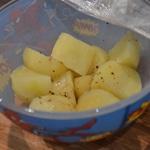 Rillettes de truite et ail fumé Cuire les pommes de terre au micro onde