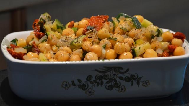 Salade de pois chiche à la courgette