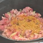 Harira à l'agneau Ajouter les épices