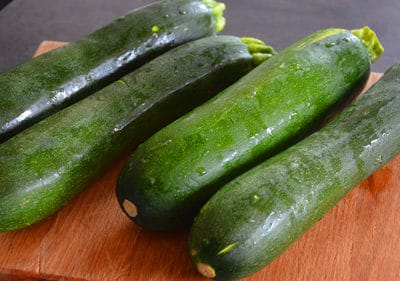 Rincer les courgettes